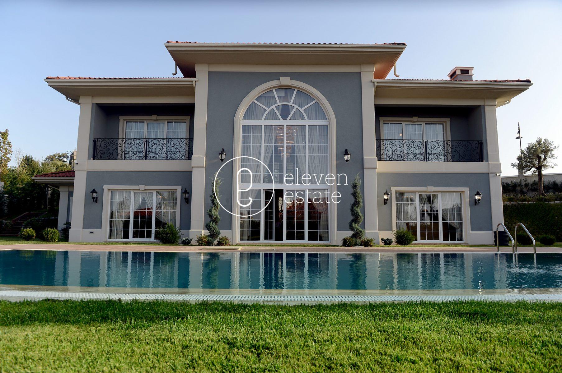 在伊斯坦布尔出售豪华别墅,带有私人泳池